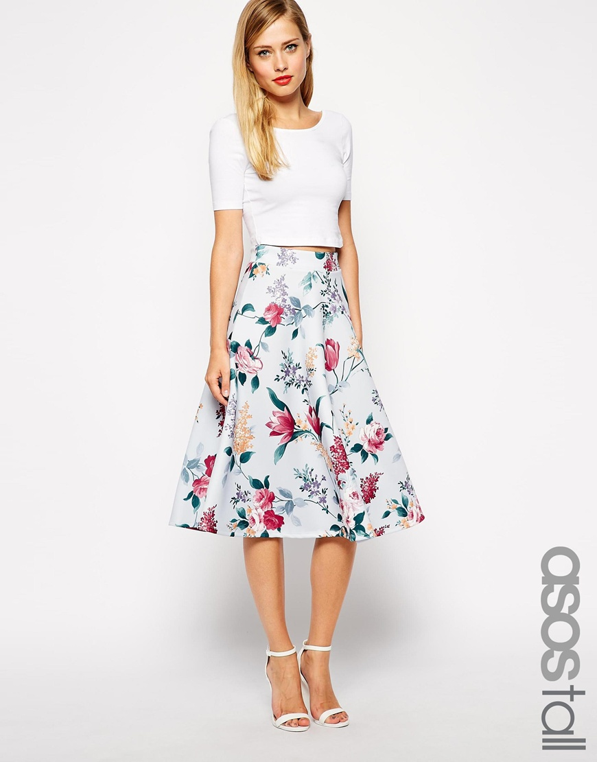 Midi Skirt Fashion Week